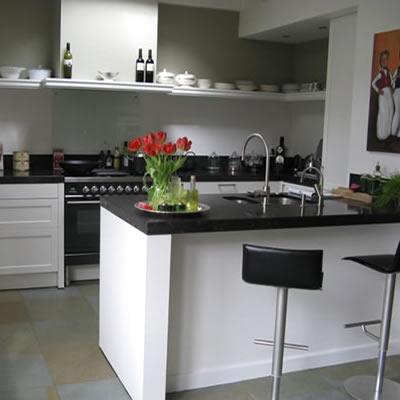 klassiek keukens modern badkamers tegels maatwerk keukens badkamers ...
